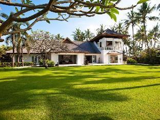 Puri Nirwana Luxury Beachfront Villa