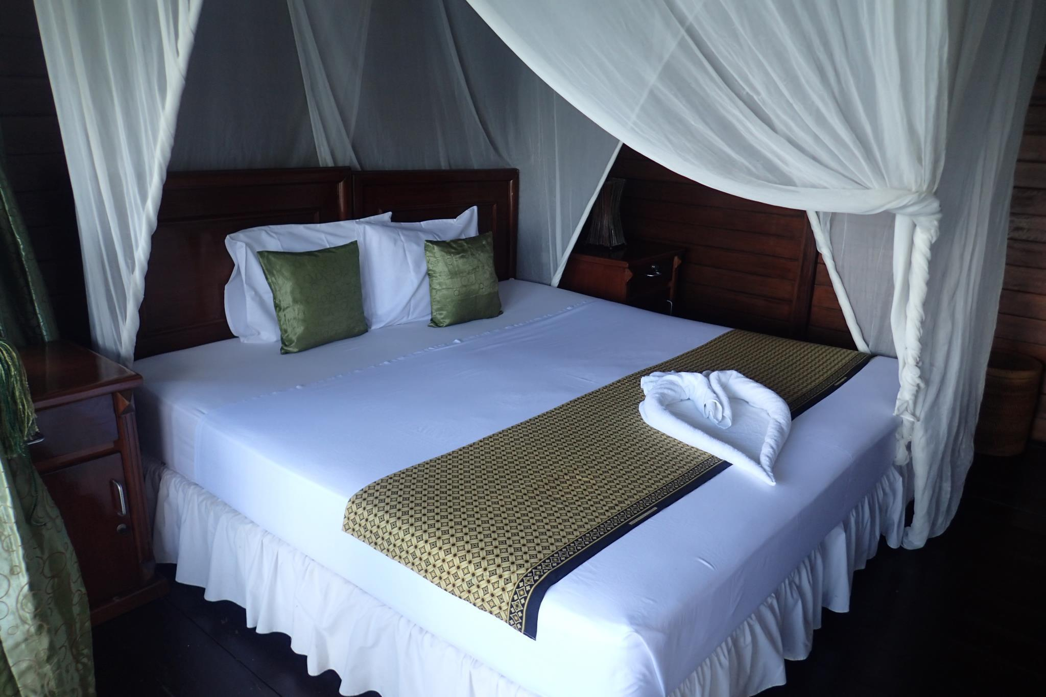 Hotel Froggies Divers Lembeh - Kelurahan Mawali,Kec lembeh Utara - Bitung