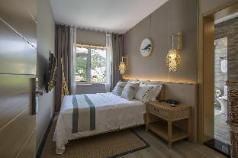 Full Mountain View King Room-108 Zen, Qingdao