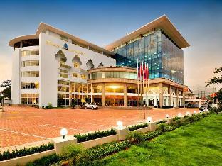 ロゴ/写真:Vientiane Plaza Hotel