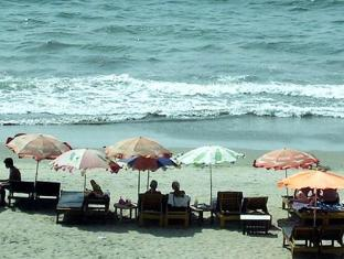 Omega Beach Resort Noord-Goa - Strand