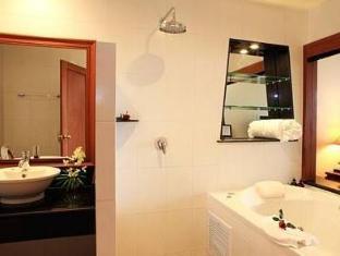 Layalina Hotel Phuket Phuket - Badeværelse