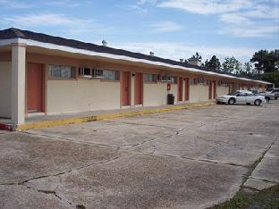 Deluxe Inn Motel - Lake Charles, LA 70615