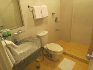 Cherry Blossoms Hotel Manila Manila - Bathroom