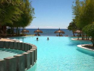 Bluewater Panglao Beach Resort Бохол - Басейн