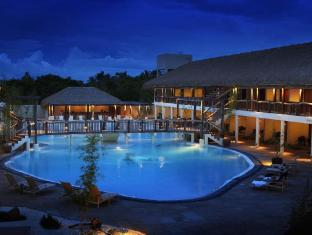Bluewater Panglao Beach Resort Panglao Island - בית המלון מבחוץ