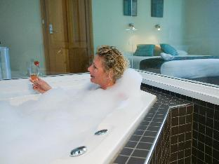 Best PayPal Hotel in ➦ Stanley: Stanley Hotel & Stanley Village Apartments