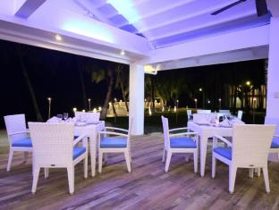 Pacific Cebu Resort otok Mactan  - Restoran