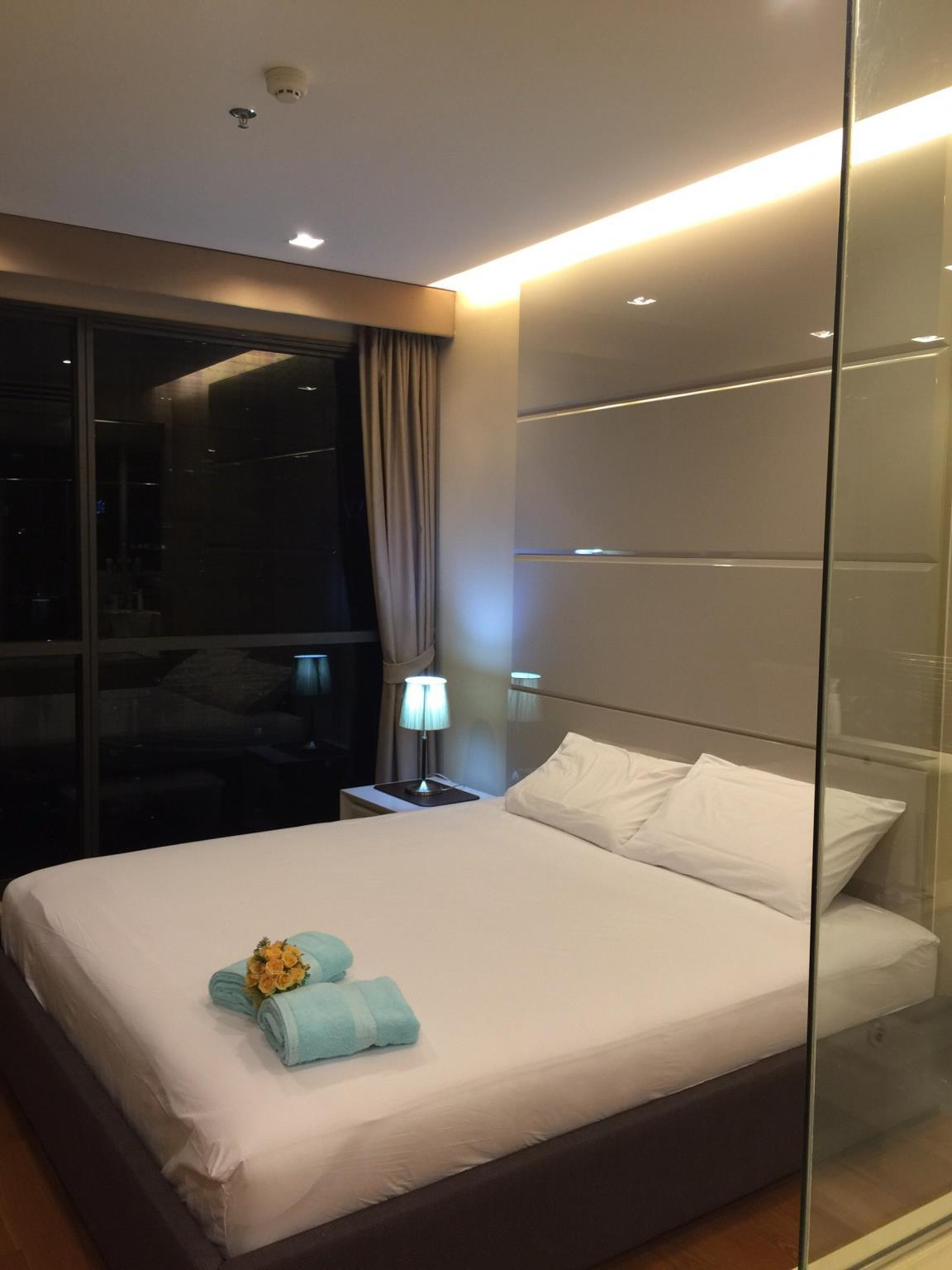 Luxury 2BDs 2Mins BTS @Heart of Bangkok
