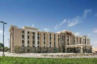 Hampton Inn and Suites Mason City