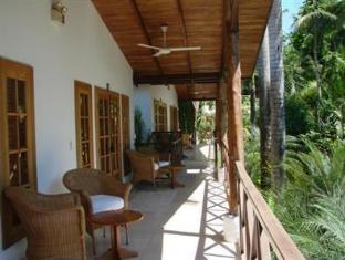 booking.com The Falls Resort