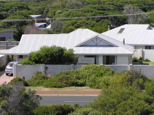 Beachside Prevelly Villas hotel accepts paypal in Margaret River Wine Region