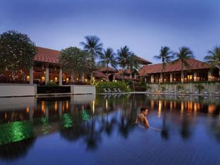 The Singapore Resort and Spa Sentosa Managed by Accor Singapore - Hotel Swimming Pool