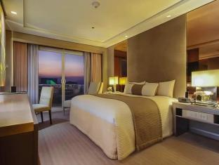 Midas Hotel and Casino Manila - Executive 1 Bedroom