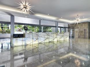 Meriton Serviced Apartments Broadbeach Gold Coast - Lobby