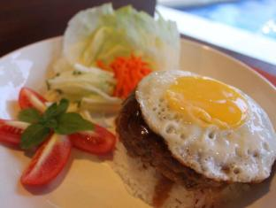 Palms Cove Resort Panglao Island - Food - Loco Moco