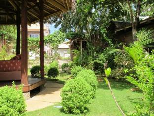L'Elephant Bleu Cottages otok Panglao  - Vrt