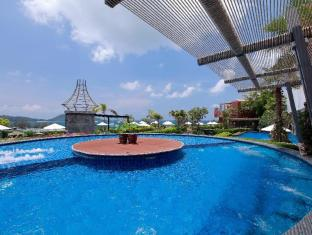 Sea Sun Sand Resort & Spa Phuket - Hot Tub