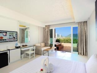 Sea Sun Sand Resort & Spa Phuket - Deluxe Jacuzzi