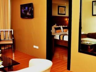 Pinnacle Hotel and Suites Davao City - Junior Suite