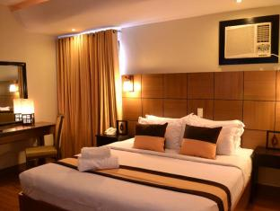 Pinnacle Hotel and Suites Davao City - Hotellihuone