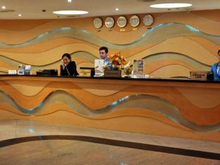 Pinnacle Hotel and Suites Davao - Reception