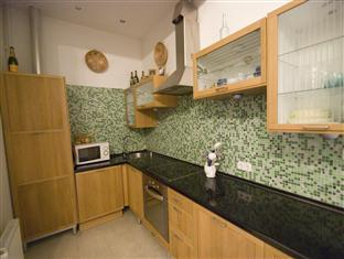 Central Andrassy Avenue Apartment Budapest - Kitchen