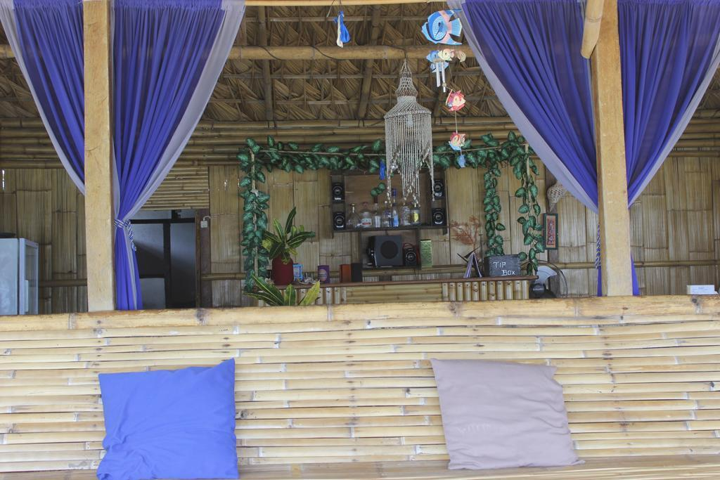 Hotel The Tandjoeng Homestay and Resto - Bunaken Village - Manado