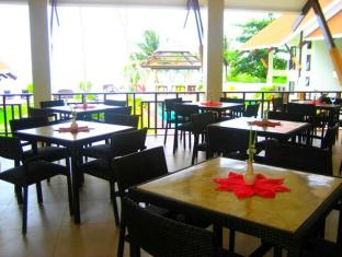 Dive Thru Scuba Resort Bohol - Restaurant