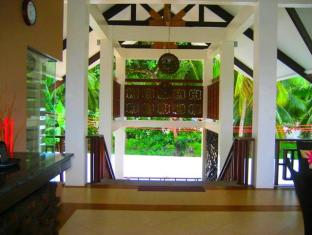 Dive Thru Scuba Resort Bohol - Foyer