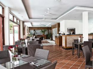 Phunawa Resort Phuket - Restaurang