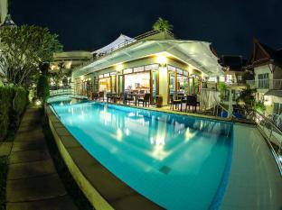 Phunawa Resort Phuket - Pool