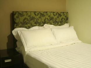 The Green Glass Boutique Hotel Calamba - Standard Room