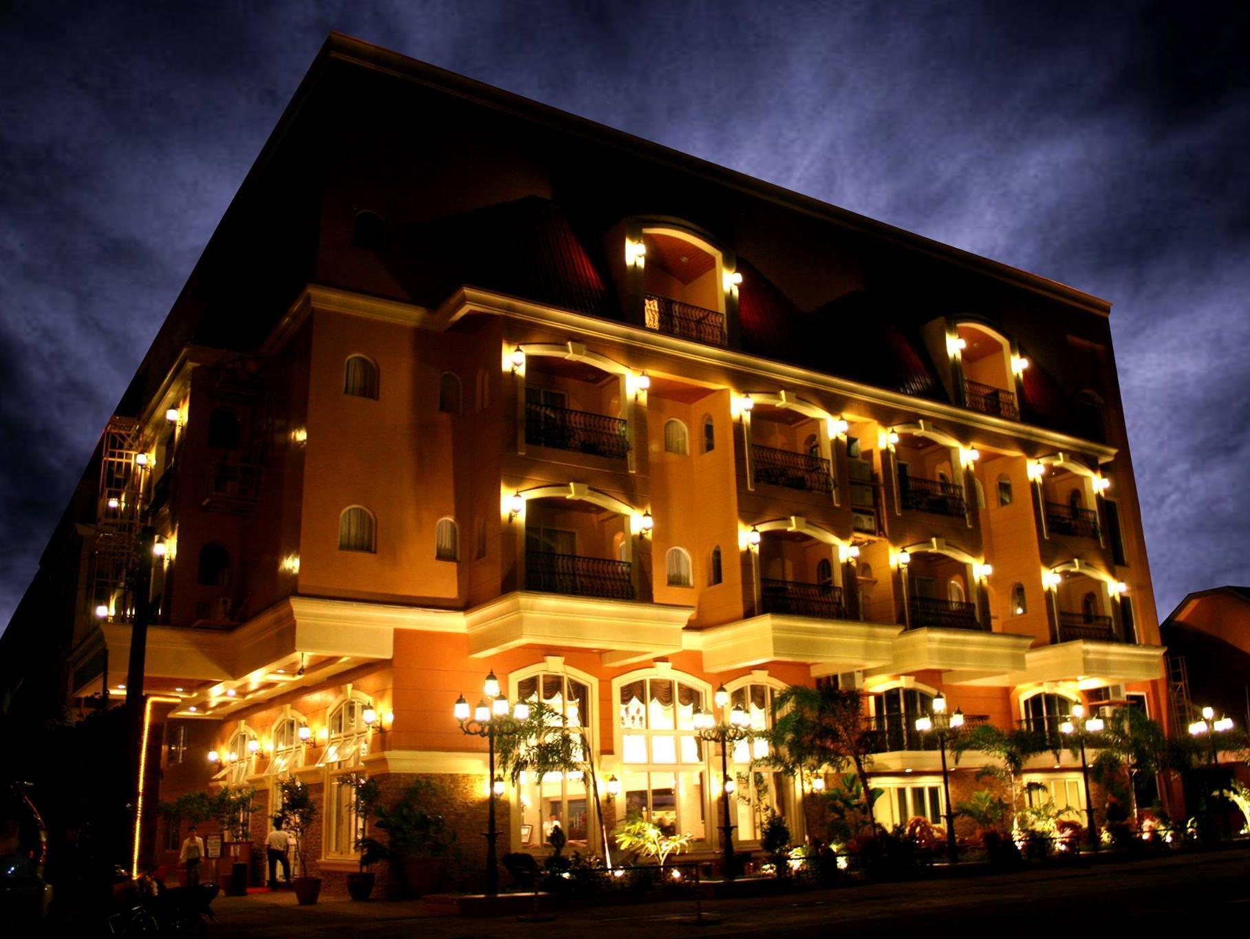Villa Caceres Hotel Naga City