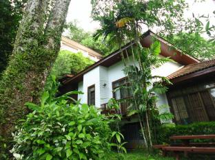 Phuket Nature Home Resort at Naiyang Beach Puketas - Sodas