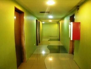 Isabel Suites Laoag - Hotellet indefra