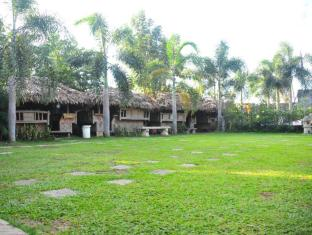 Grand Octagon Resort Laoag - Garten