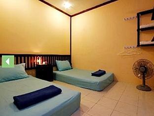 Inn Town Guesthouse Phuket - Guest Room