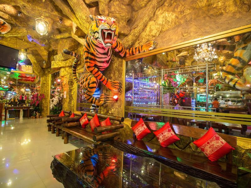 タイガー ホテル17