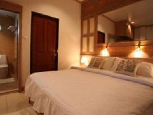Saku Boutique Homestay guestroom junior suite