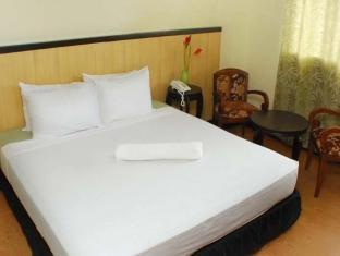 Panda Tea Garden Suites Tagbilaran City - Executive Room