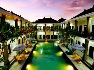 Hotel Asoka City Home Bali - Piscina