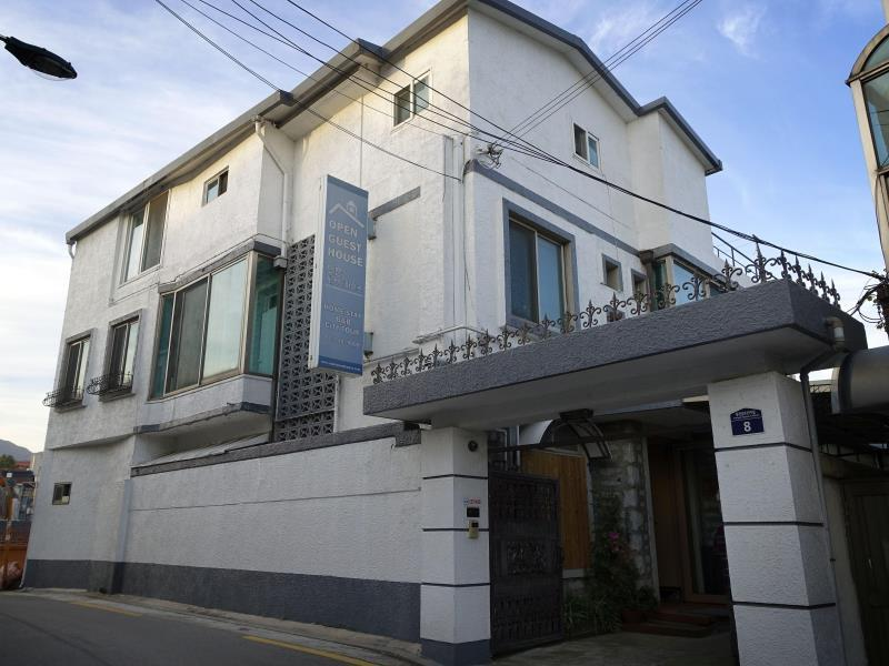 South Korea-B&J 게스트하우스 (B&J Guesthouse)