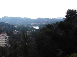 Majestic Tourist Hotel Kandy - View