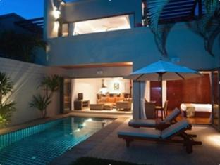 Bangtao Private Villas פוקט - בית המלון מבחוץ