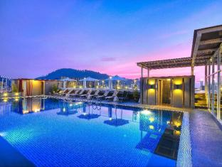 The ASHLEE Heights Patong Hotel & Suites Phuket - Piscine