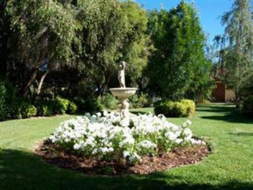 Best guest rating in Nagambie ➦  takes PayPal