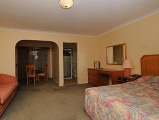 McNevins Parkway Motel hotel accepts paypal in Maryborough
