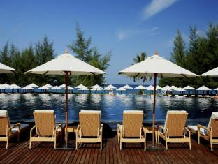 Centara Grand West Sands Resort & Villas Phūketa - Peldbaseins