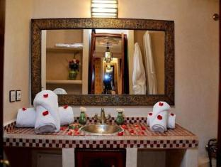 Riad Lila Marrakech - Bathroom